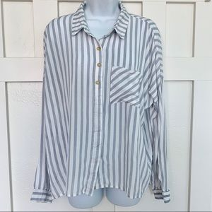 Hem & Thread Gray Striped Button Up Rayon Blouse